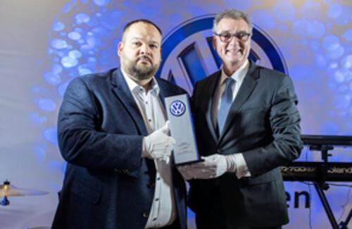 Volkswagen представляет цифровой шоу-рум «Фастар»
