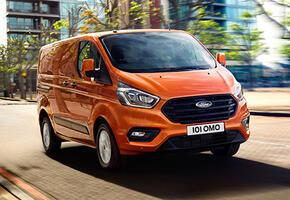 Ford Tourneo Custom Van